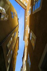 Zwischen Häusern in Salzburg
