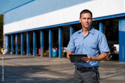 Auto Mechanic - 68813508