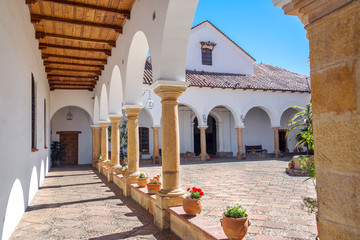 White Colonial Courtyard