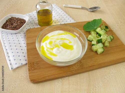 Joghurt mit Leinöl - 68828759