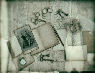 vintage accessories, letters and photo of couple