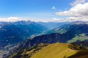 La conca di Aosta dalla vetta dello Zerbion