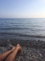 ragazzo al mare