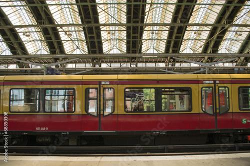 Leinwanddruck Bild Berlin Ostbahnhof