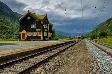 Norwegia, mała zabytkowa stacja kolejowa