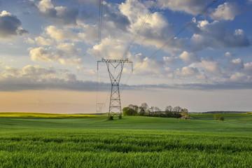 Linia wysokiego napięcia, przesyłanie prądu