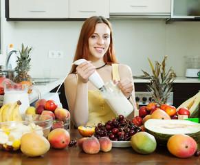 woman making fresh milk cocktail