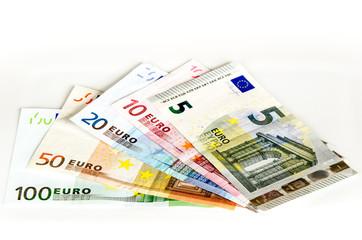 Euro Geldscheine auf weissem Hintergrund