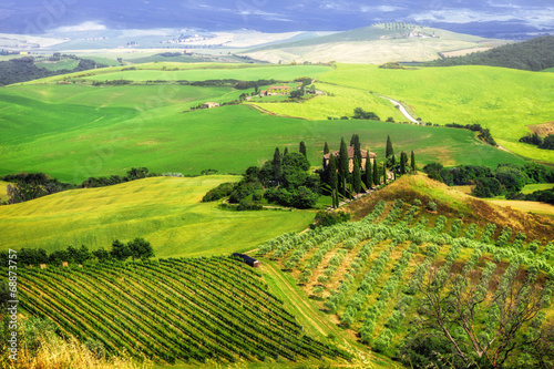 bella Italia series - breathtaking landscapes of Tuscany - 68873757