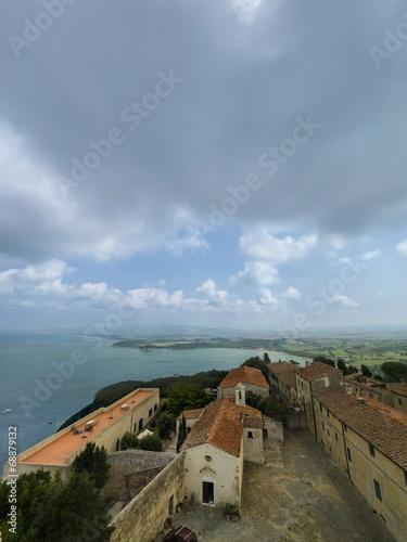 canvas print picture Blick über die toskanische Küste