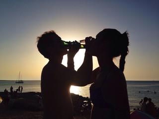 una birra sotto al sole