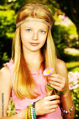 canvas print picture romantic girl