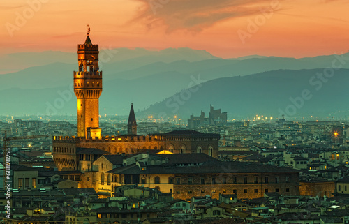 Florence, palazzo Vecchio on a sunset - 68898953