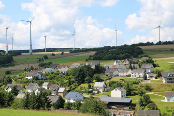 Windpark an Dorf