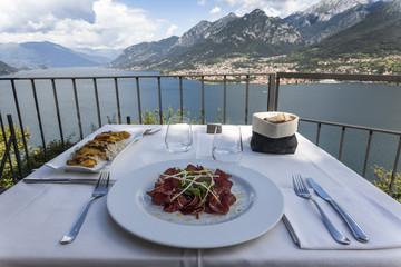 Pranzo con vista sul Lago di Como