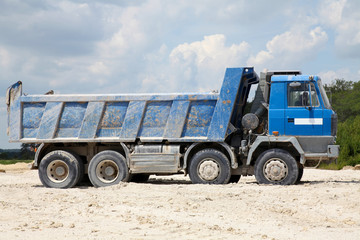 Freight trucks with dump body