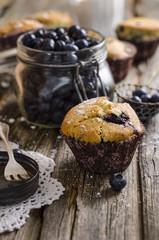 Muffin mit frischen Heidelbeeren