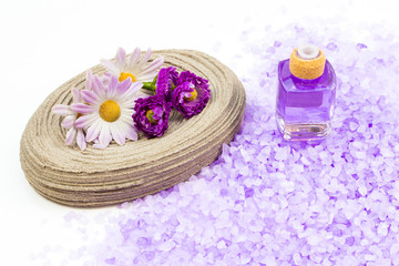 Scented aromatherapy bath