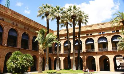 Edificio reformado en Nou Barris, Barcelona