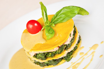 Salmon lasagna with spinach