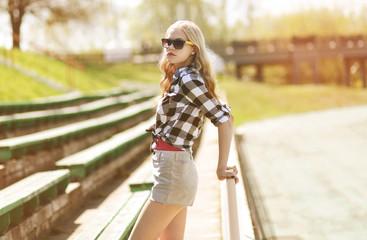 Stylish hipster girl in sunglasses, summer vintage portrait mode