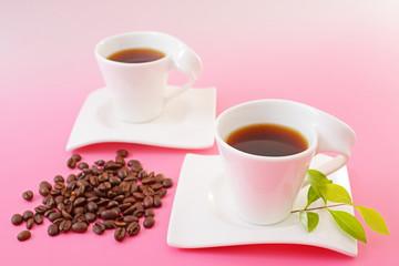 おいしそうなコーヒーとコーヒー豆