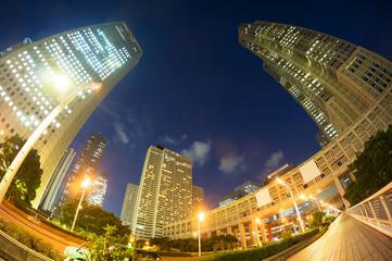 [東京都市風景]東京都庁と新宿高層ビル群を超広角フィシュアイでダイナミックに見上げる-337