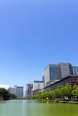 [東京都市風景]東京都心のオアシス・皇居外苑・日比谷豪と丸の内高層ビル群-926