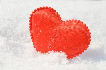 Сердце на снегу.