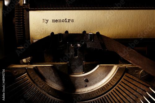 Aluminium Retro old inscription on a typewriter