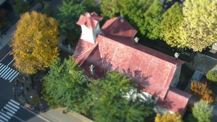 秋の日の時計台_ジオラマ風の鳥瞰撮影