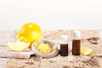 Ätherische Öle aus Früchten, Zitrone