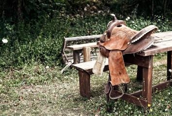 sella per cavalli