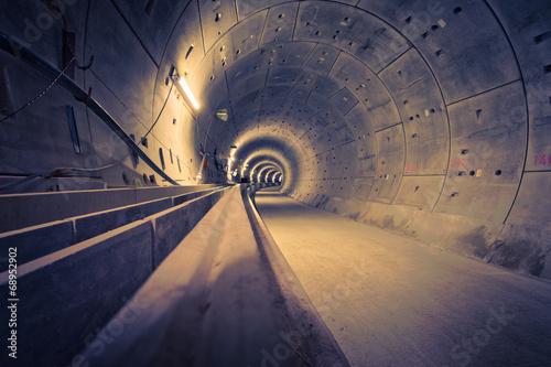 Leinwanddruck Bild Hamburg U4 Ubahntunnel