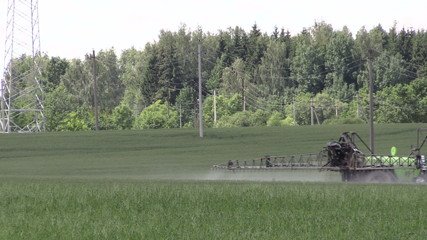 tractor spray chemicals for crop plant protection from weed pest