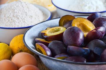Zutaten für einen Streusel Pflaumenkuchen