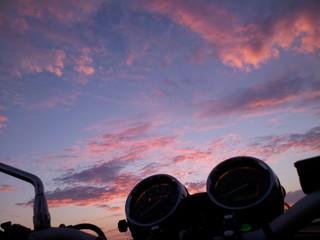 Ripartire al tramonto