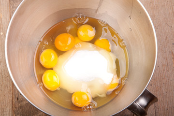eight eggs with sugar