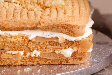 stacked cake sponge