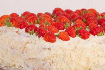 full strawberry and mascarpone cake