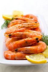 Boiled shrimp with lemon