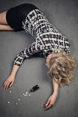 femme suicide médicaments