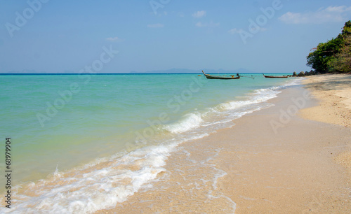 Fotobehang Overige Tropical beach, traditional long tail boats, Andaman Sea, Thaila