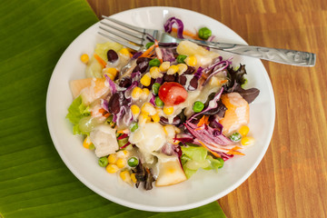 fresh vegetable and fruit salad