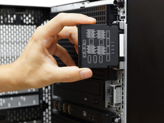 system administrator examine hardware failure on data server