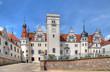 Leinwanddruck Bild - Hofseite Schloss Boitzenburg