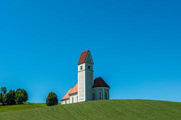 Sankt Jakob vor blauem Himmel