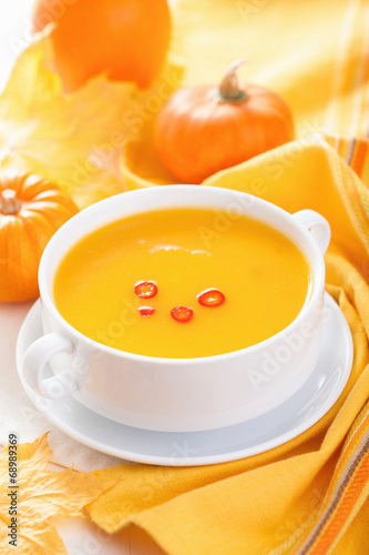 canvas print picture pumpkin soup in white bowl