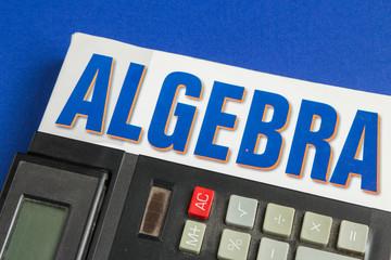 Algebra e calciolatrice