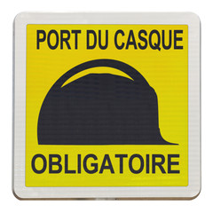 port du casque de chantier obligatoire